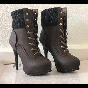 Nokie boot heels